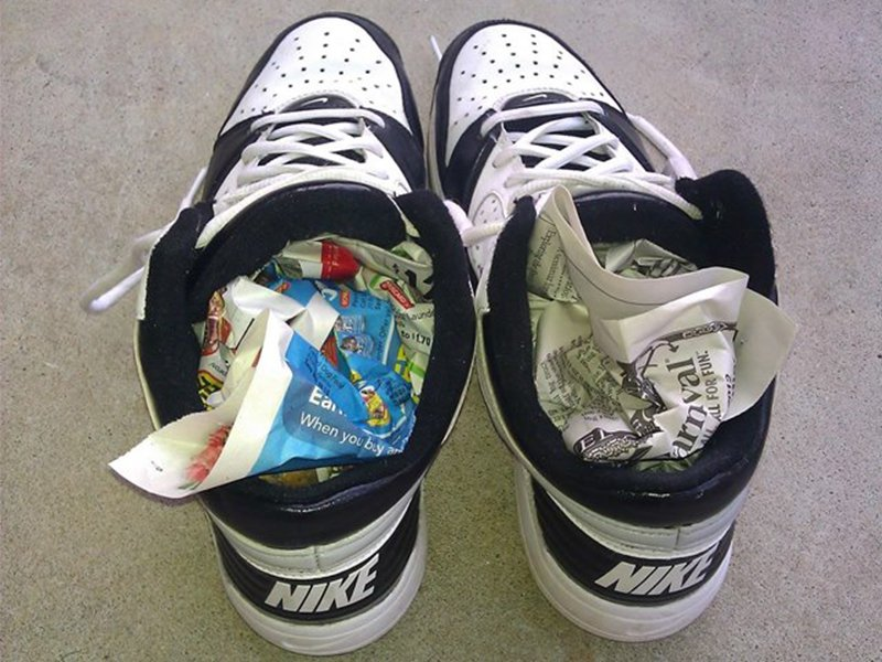 How To Dry Shoes With Newspaper