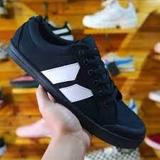What happened to Macbeth Shoes?